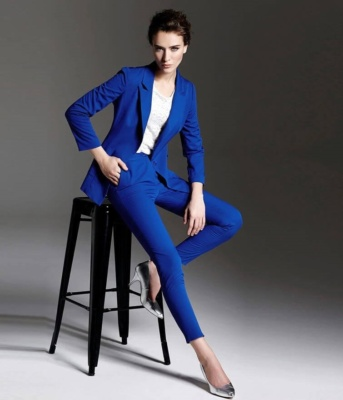 uiterlijke-presentatie-zakelijke-afspraken-vrouw-dress-to-impress